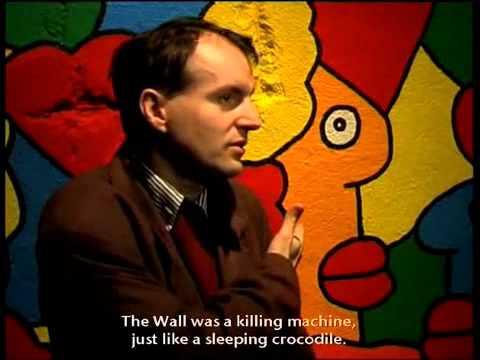 ON/OFF THE WALL : VENTE DE LA COLLECTION HISTORIQUE DE LA CHUTE DU MUR DE BERLIN