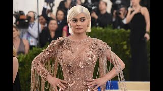 Kylie Jenner's Tweet Sinks Snap Shares 7%