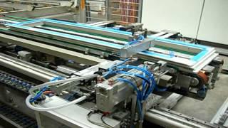 Автоматизированная линия по производству окон ПВХ(На видео на автоматизированной линии к собранному окну машина-автомат добавляет фурнитуру. Подробнее http://ok..., 2013-01-05T13:34:18.000Z)