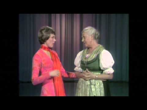 Maria von Trapp teaches Julie Andrews to Yodel