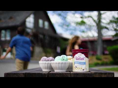 Velvet Commercial - A True Original Since 1914 (2016)