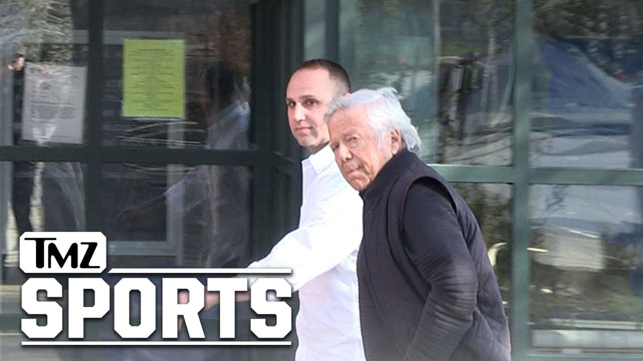 76ers, Patriots owners visit Meek Mill in prison
