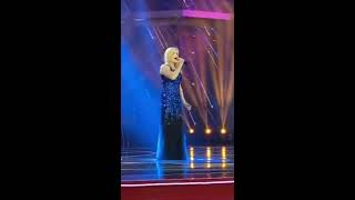 Let It Go from Frozen - English and Mandarin - Sophie Morris