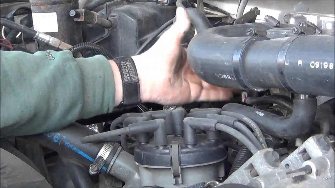 maxresdefault ford 7 5 460 fuel pressure regulator symptoms youtube  at webbmarketing.co