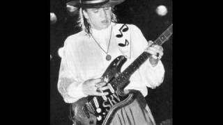 Stevie Ray Vaughan - Howlin