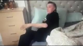 Бранко Иванов бие приятеля си №2