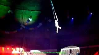 Воздушная гимнастка без страховки -- ДУХ ЗАХВАТЫВАЕТ!