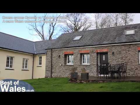 Aberystwyth Holiday Accommodation With A Hot Tub | Ysgubor Y Groes
