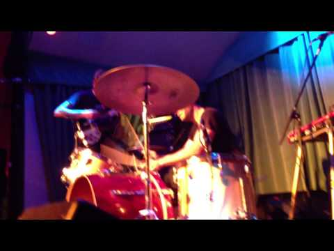 Thee Oh Sees - 2013-04-05 - Roxie Theater Benefit, Verdi Club SF [complete Show]