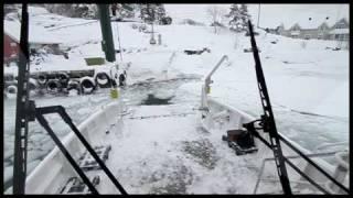Veierlandferga trosser isen