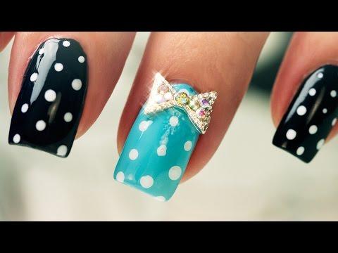 Dots And Bows On Short Nails