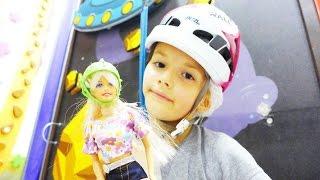 Видео для детей. Кукла Барби покоряет вершины