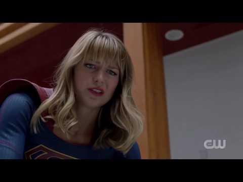 Supergirl Season 5 - Kara And J'onn Vs Dinosaur