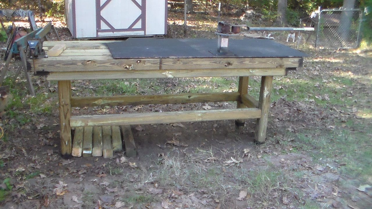 Heavy Heavy Duty Outdoor Work Table