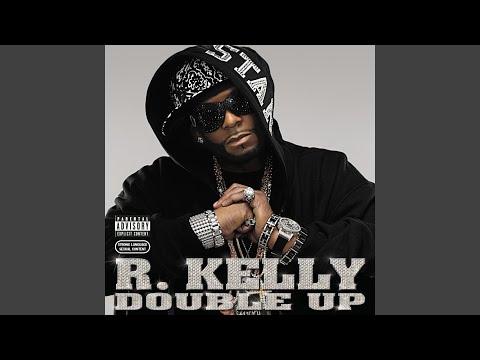 r kelly freaky in the club
