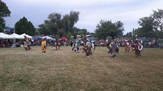 Men's Traditional @Aaninjamong Powwow 2018
