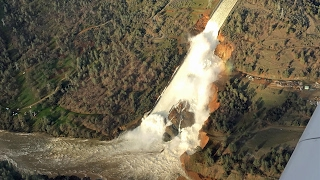 Lake Oroville Spillway aerial footage 2-10-17 4:30pm