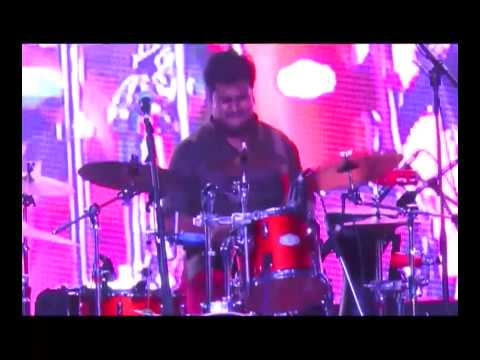 The Raghu Dixit Project - Hey Bhagwan - Drum Solo