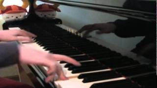 楽譜はドレミ楽譜出版社の「コクリコ坂から」のものを使いました。 疾走感のあるレトロな曲想がいい曲ですね。学校の運動会の学年 種目のBG...
