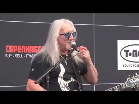 Mick Box of Uriah Heep at the Copenhagen Guitar Show 2015