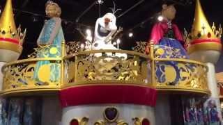 """""""一起買玩具"""" (美國玩具介紹)迪士尼專賣店 小公主蘇菲亞,迪士尼公主,冰雪奇緣 Toy hunt at Disney store"""