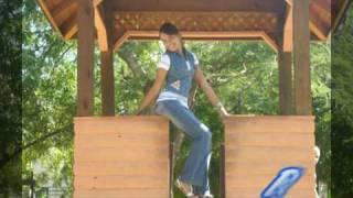 AGRADECIMIENTO INTREPICHICA FASHION 2010 (parque intrepido con alambrito) Thumbnail
