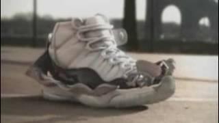 Реклама обуви - Nike  Эволюция кроссовка(, 2017-01-07T19:37:35.000Z)