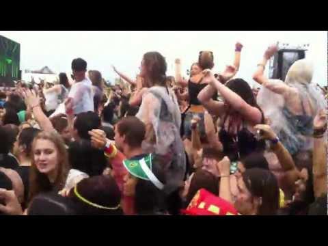 PSY Gangnam Style Future Music Brisbane 2013 - Full Song Live