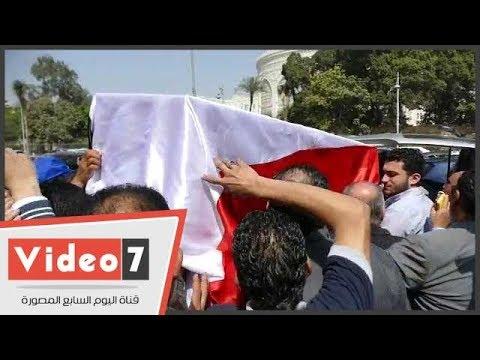 تشيع جثمان سمير زاهر إلى مثواه الأخير بحضور نجوم الرياضة  - 15:22-2018 / 3 / 14