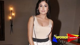Kritika Kamra BREAKUPS with her long-time boyfriend Siddharth! | EXCLUSIVE