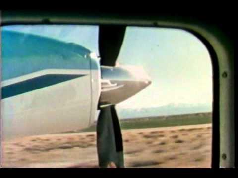 Bob Hoover- Engine-out Aerobatics!