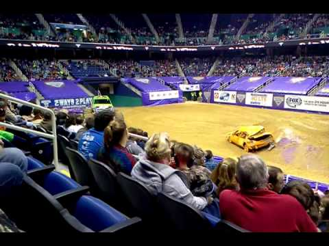 Monster Jam Greensboro Coliseum 1/8/16(1)