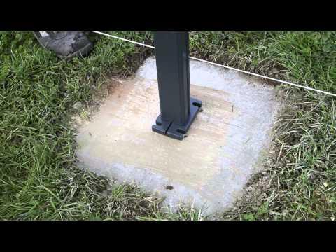 Montage des poteaux aluclos sur platine youtube - Plot en beton pour poteau ...