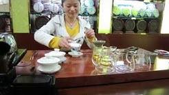 Kiinalaisessa teehuoneessa