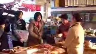 """三倉茉奈さん と三倉佳奈さんが""""遊びに行こう!""""の収録に来店!その様子..."""