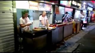 Китайская столовая прям на улице Чанчунь