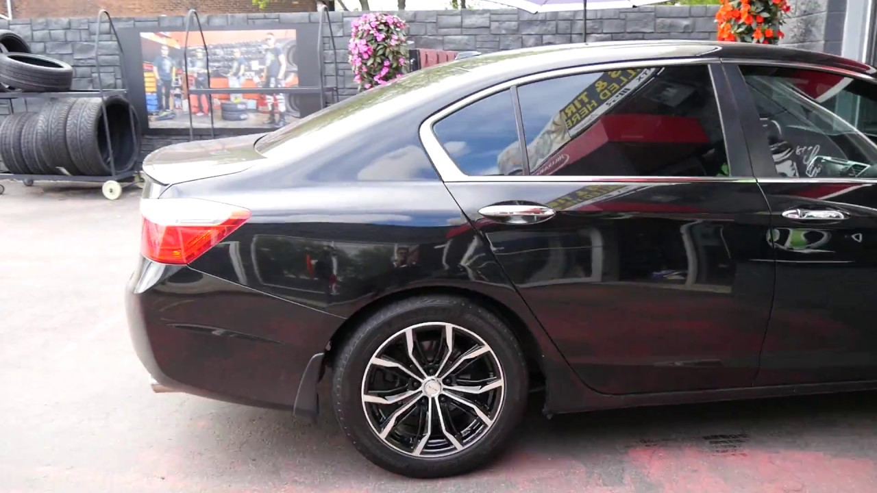 2017 Honda Accord With 17 Inch Black Machined Rims Tires