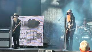 "ZZ TOP - Intro @ Got Me Under Pressure ""Live At Gröna Lund"""