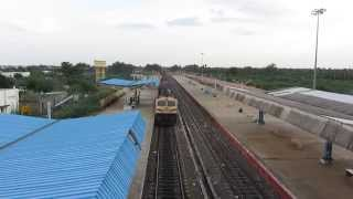 12607 GOC hulk WDG4 casually skips Pudukkottai with a long BCNA rake