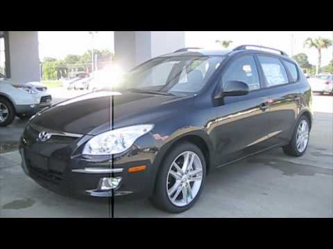 2010 Hyundai Elantra Touring SE Start Up, Engine, And In Depth Tour/Review