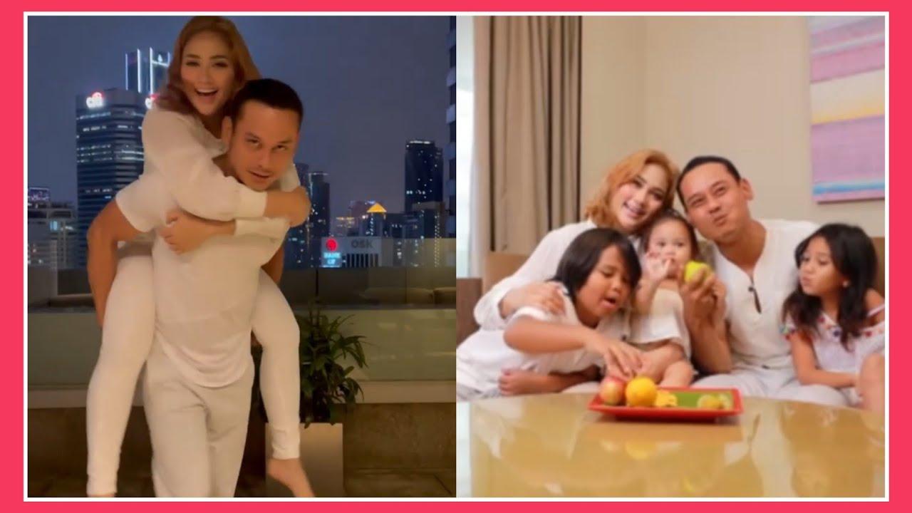 Download keluarga bahagia Fasha sandha & Aidil Aziz 😍