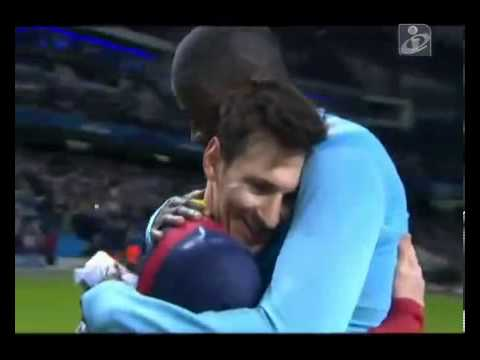 Too Cute! Messi & Yaya Toure shared the sweetest & most tender embrace Man City 0--2 Barcelona