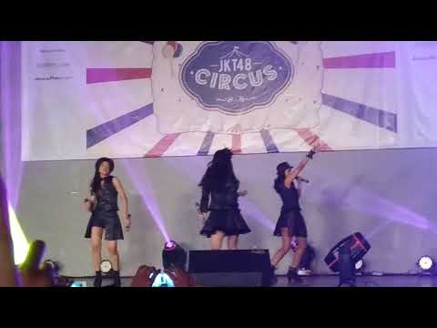 JKT48-Faint Yupi jadi center