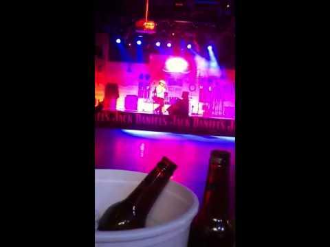 Las vegas karaoke Gilleys