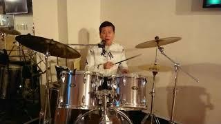 ニューハピネスでドラムをマスターしよう‼  ドラム歌唱世界一の「名物マ...