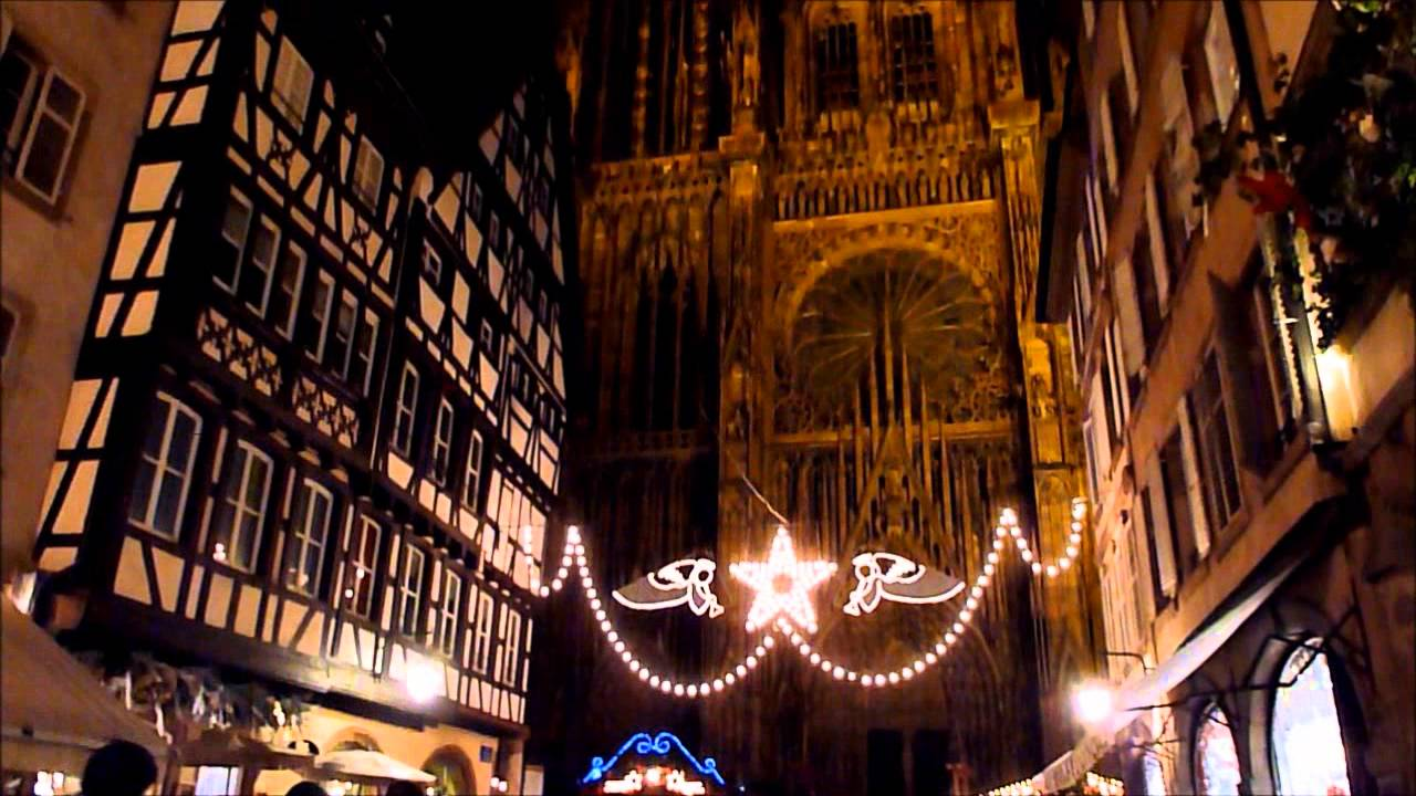 illuminations devant la cath drale de strasbourg 2012. Black Bedroom Furniture Sets. Home Design Ideas