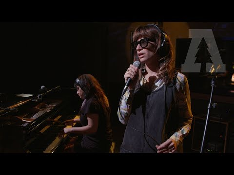 Nicole Atkins - A Night of Serious Drinking - Audiotree Live (5 of 6)
