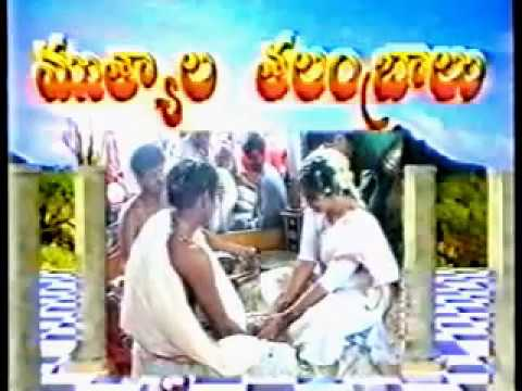 South Indian Traditional Marriage 08 = Mangalya Dharana
