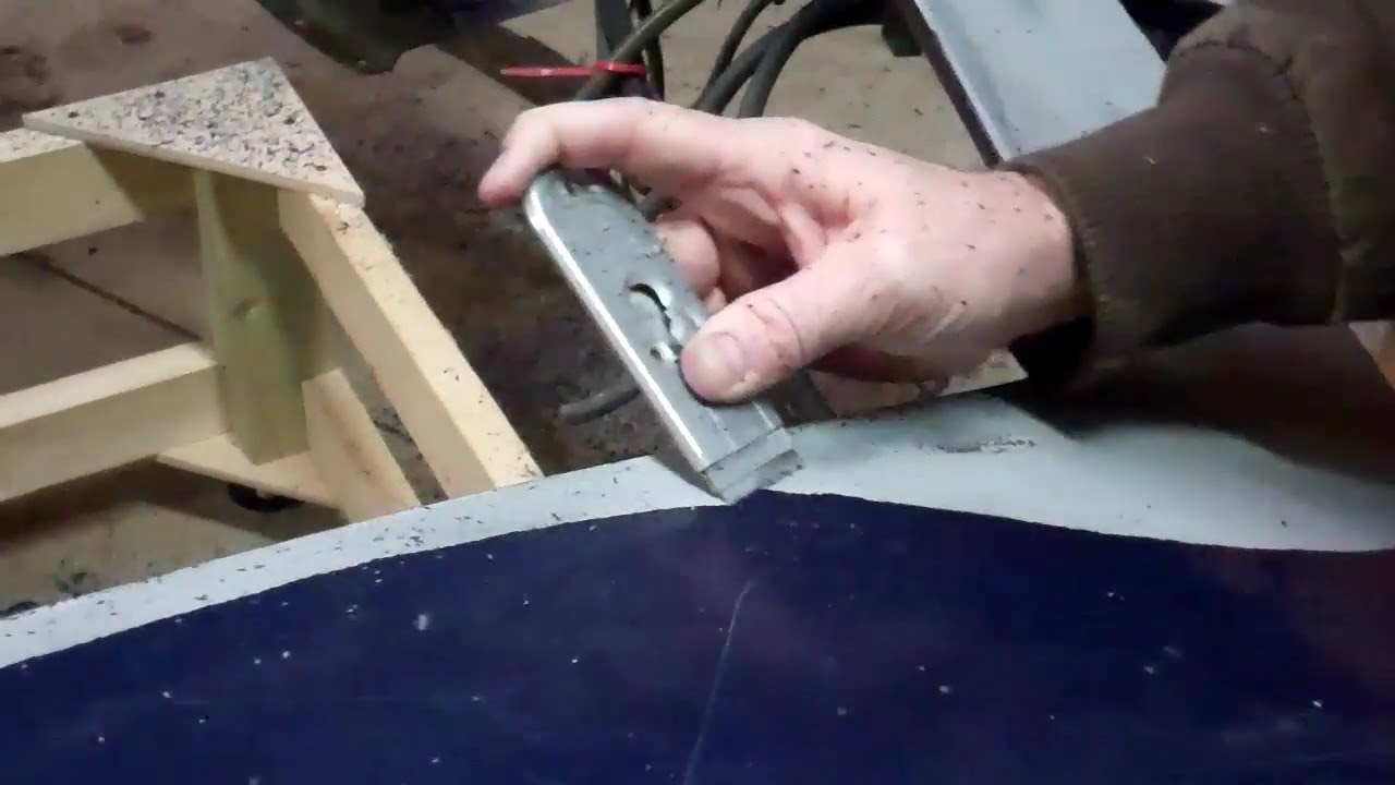 Corvette Paint Removal With A Razor Blade Youtube