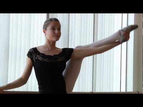 Dance Studio No 1 - Maya - Ballet Dancer